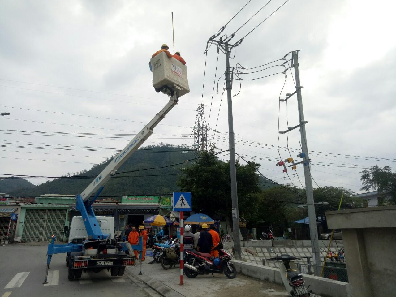 Nghiệm thu đóng điện Trạm biến áp 1250kVA tại KCN Hòa Khánh
